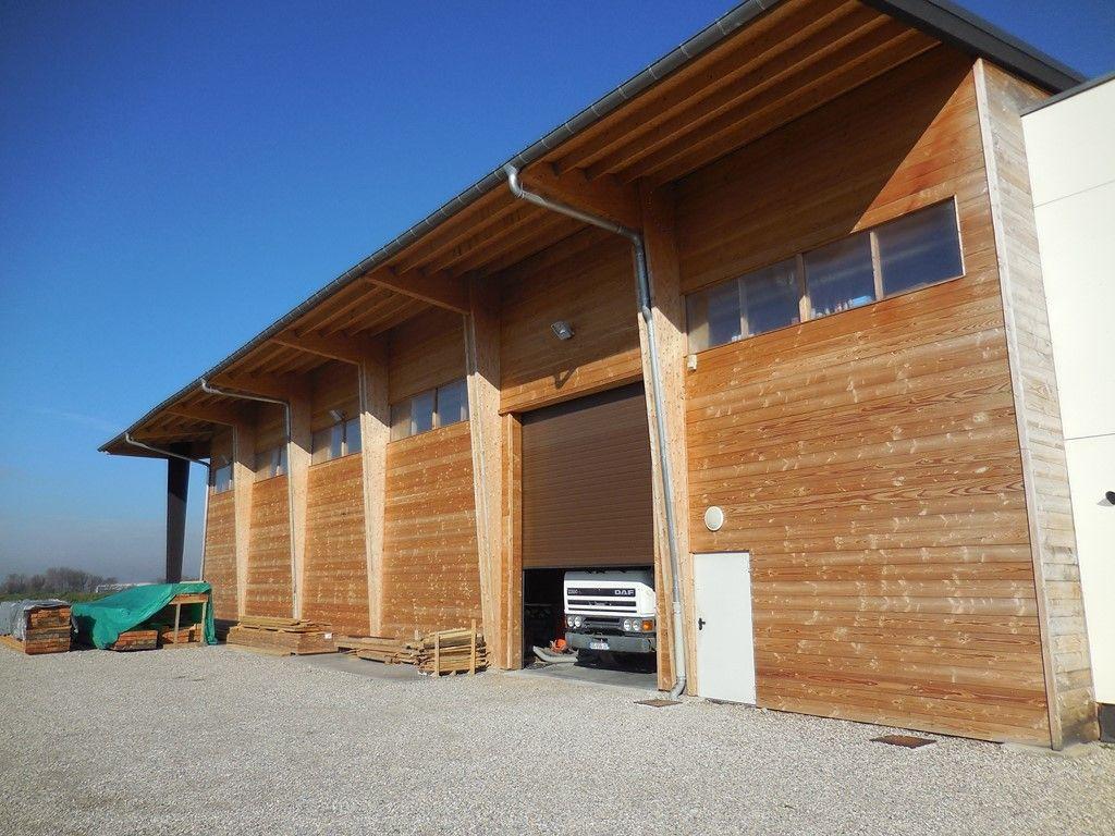 Faire Construire Un Grand Hangar En Bois Sur Lyon Et Sa Region Construction Et Extension De Maison En Bois En Rhone Alpes Lanzetti